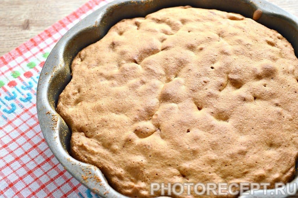 Фото рецепта - Быстрый яблочный пирог - шаг 10