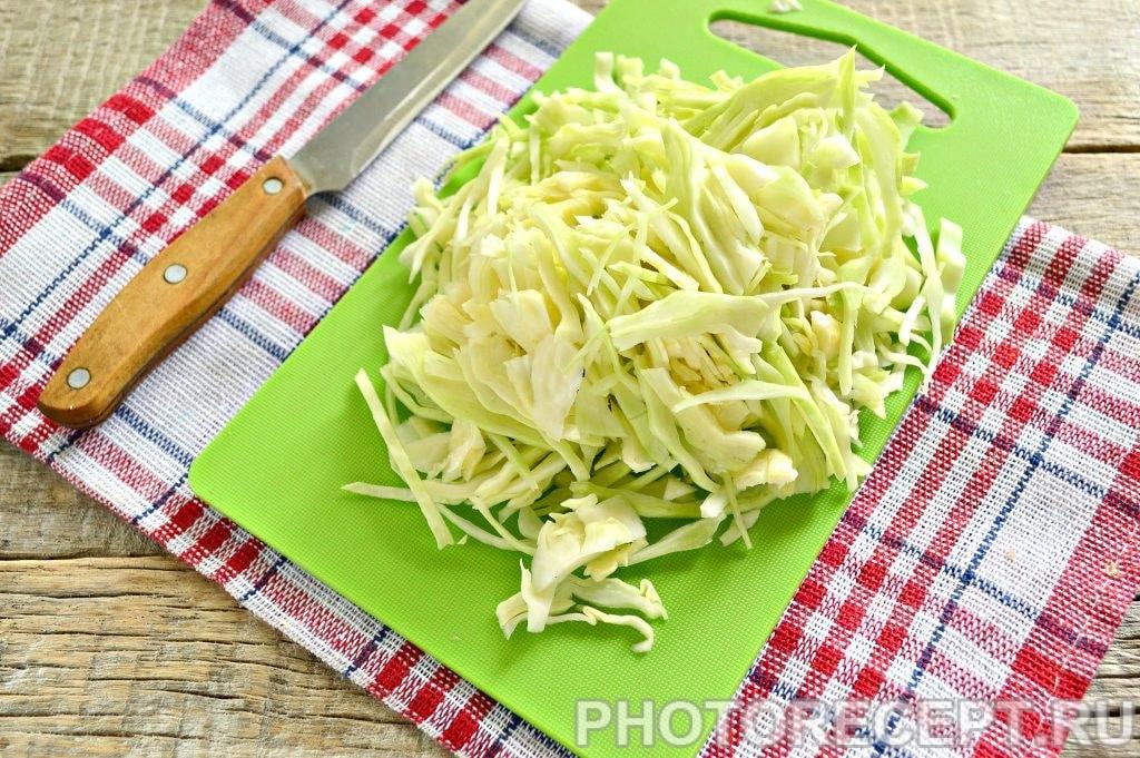 Фото рецепта - Свинина тушеная с капустой - шаг 2