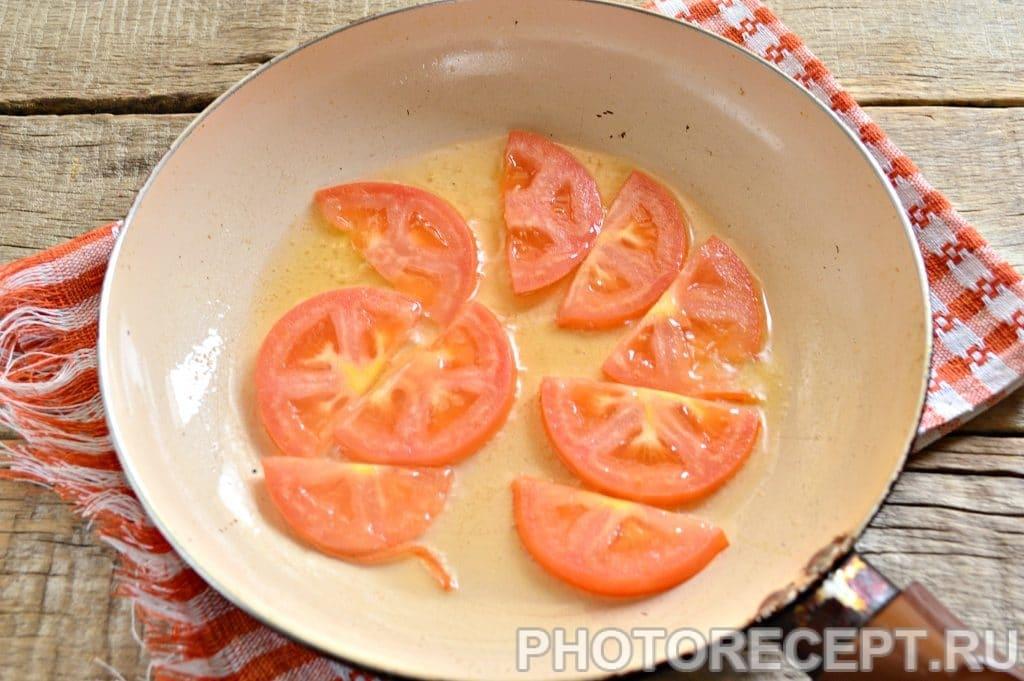 Фото рецепта - Яичница с помидорами - шаг 2