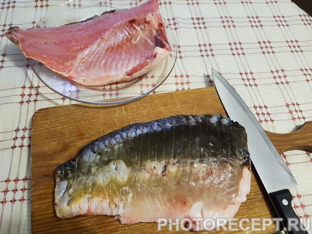 Фото рецепта - Нежный карп с овощами в духовке - шаг 1