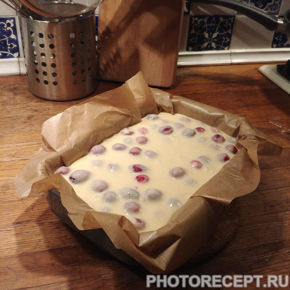 Фото рецепта - Кекс с клюквой - шаг 4
