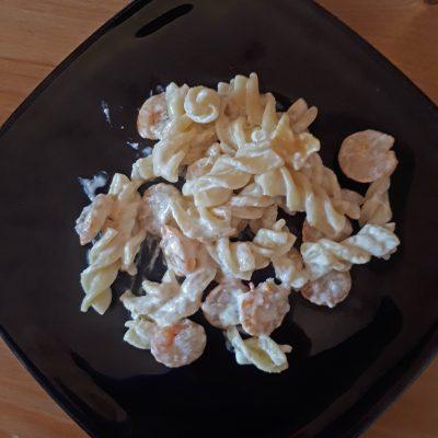 Паста с креветками в сливочно-чесночном соусе - рецепт с фото