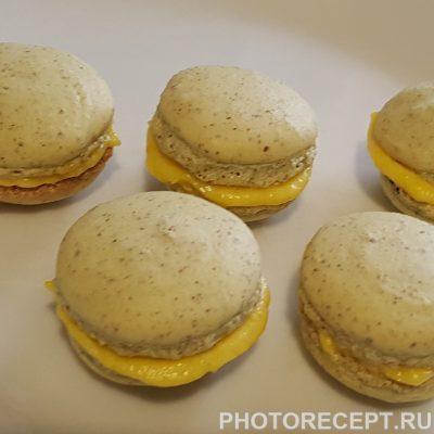 Фото рецепта - Печенье-безе макарон с лимонным курдом - шаг 7