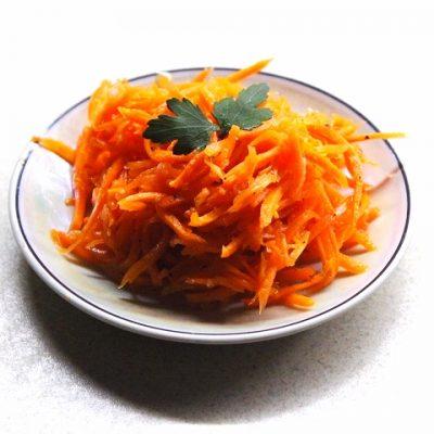 Морковка по-корейски - рецепт с фото
