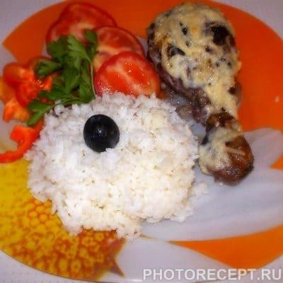 Куриные ножки, маринованные в виноградном соусе с рисом - рецепт с фото
