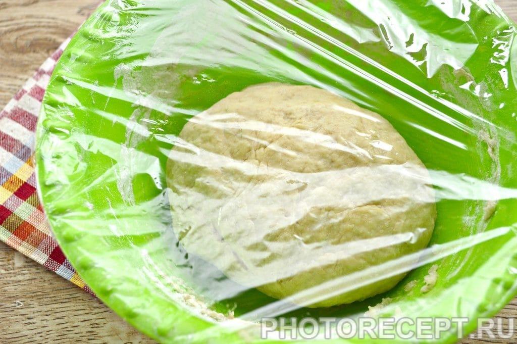Фото рецепта - Жареные пирожки с капустой - шаг 5