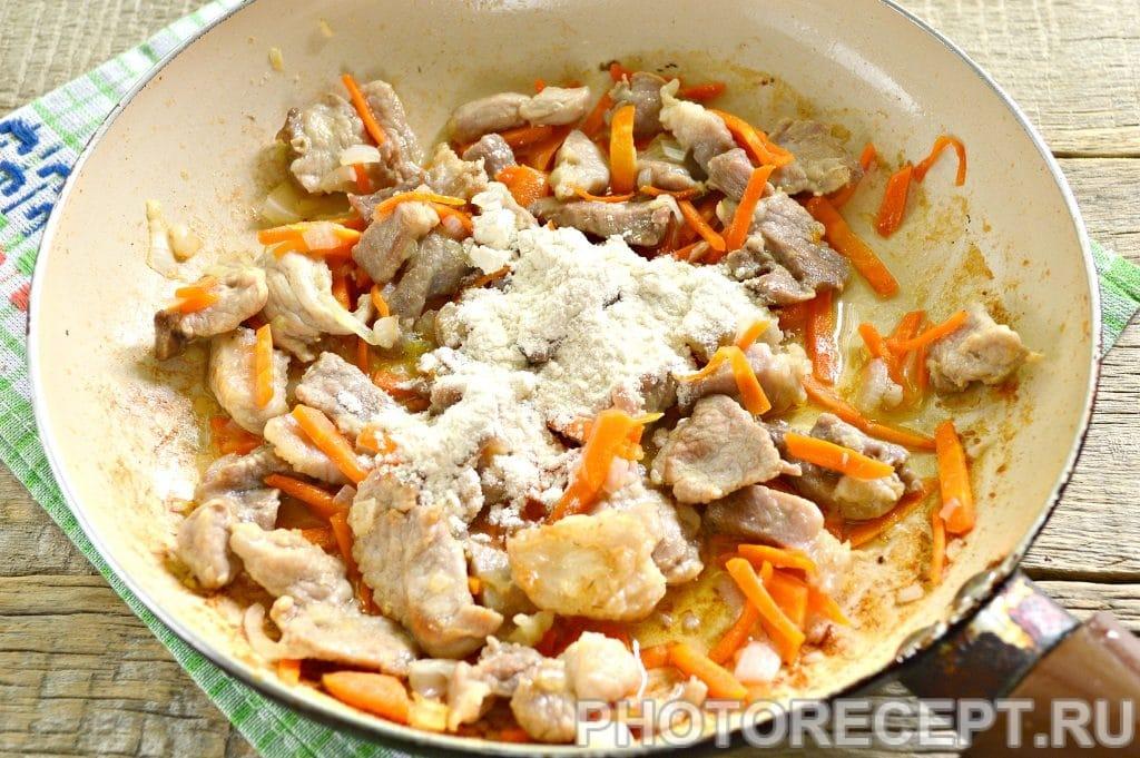 Фото рецепта - Мясо с овощами на сковороде - шаг 6