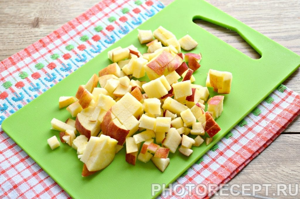 Фото рецепта - Быстрый яблочный пирог - шаг 6