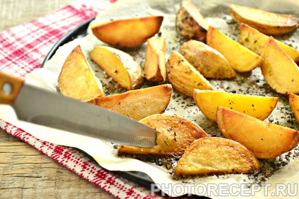 Фото рецепта - Картофель по-деревенски со специями - шаг 6