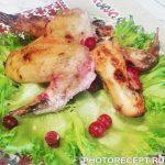 Куриные крылышки в чесночно-клюквенном маринаде