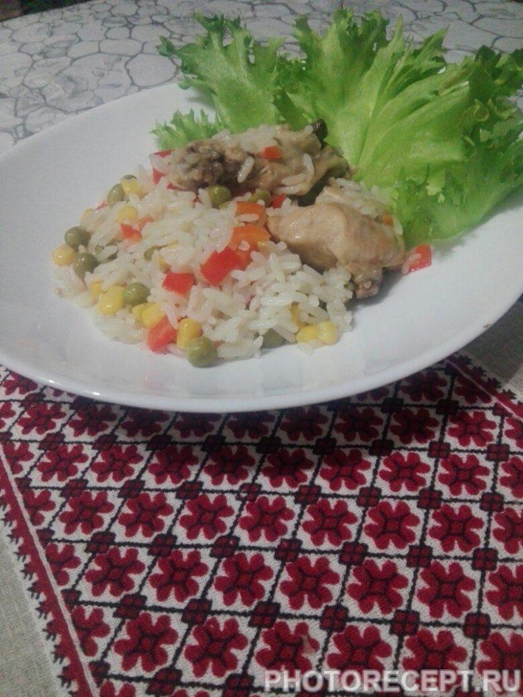 Фото рецепта - Тушеная курица с рисом и овощами - шаг 6