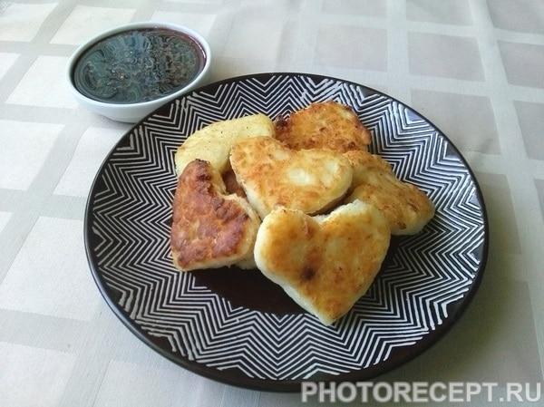 Сырники из творога с манкой «Сладкие сердца»