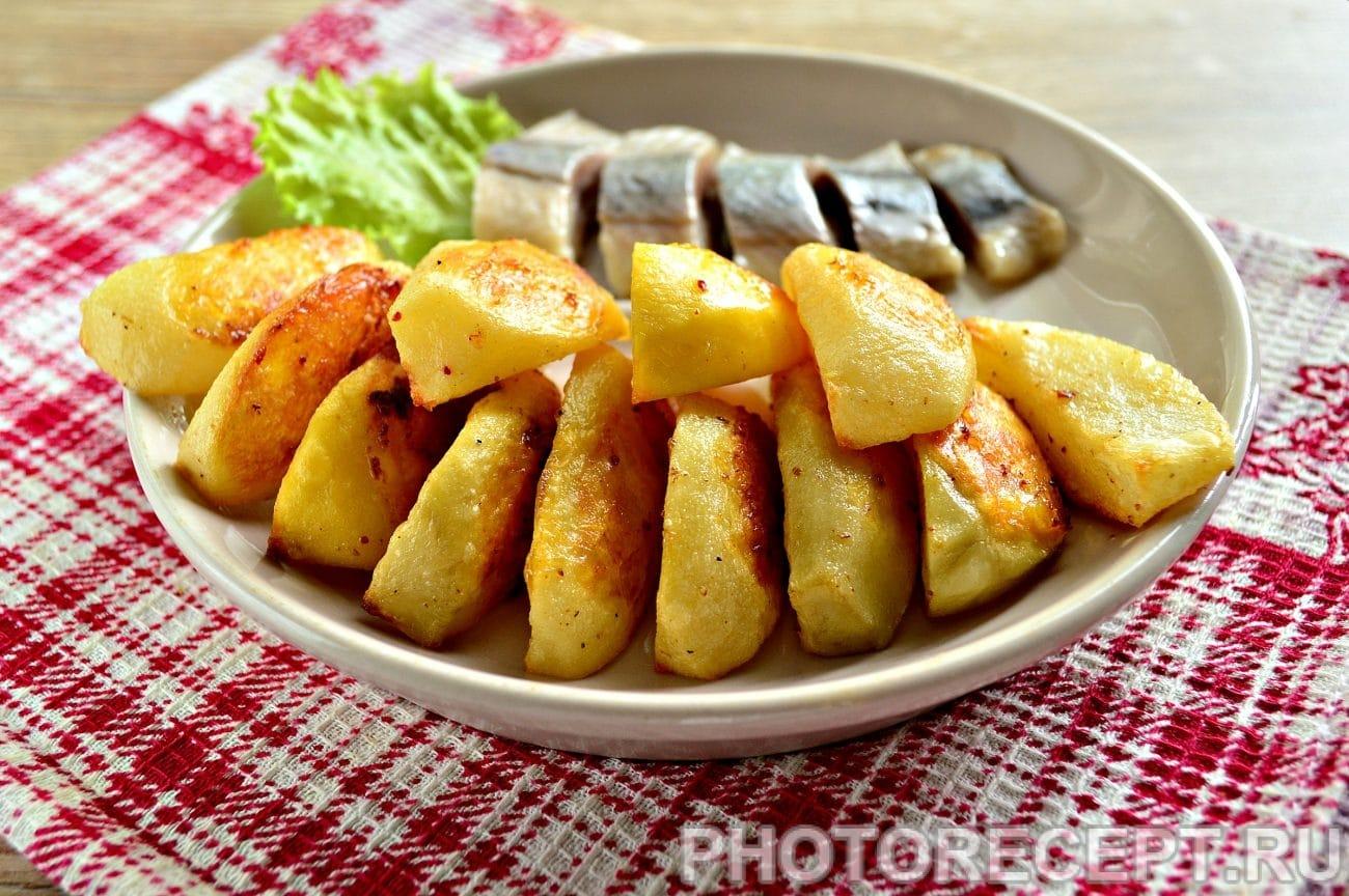 Запеченная картошка в духовке с майонезом