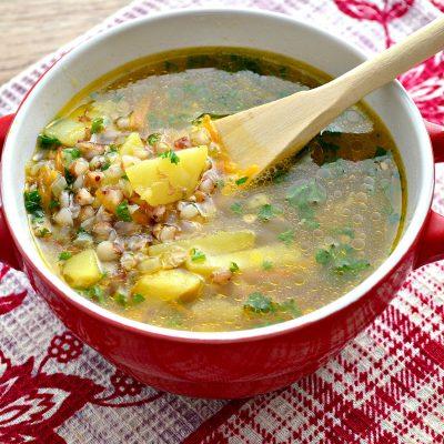 Гречневый суп с курицей - рецепт с фото