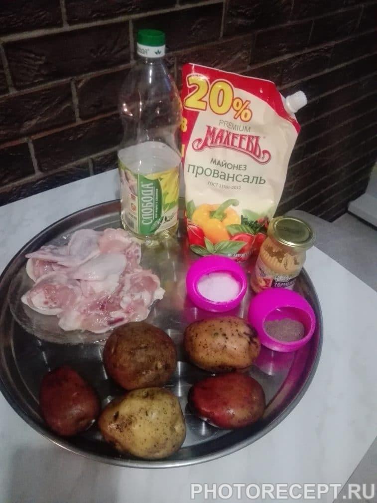 Фото рецепта - Румяная курочка с картошкой - шаг 1
