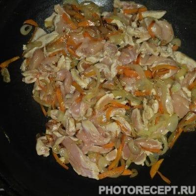 Фото рецепта - Куринные грудки под сливочным соусом - шаг 2