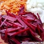 Фото рецепта - Украинский борщ с пампушками - шаг 3