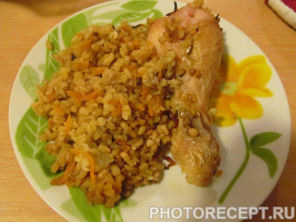 Фото рецепта - Куриные ножки с булгуром, запеченные в духовке - шаг 10
