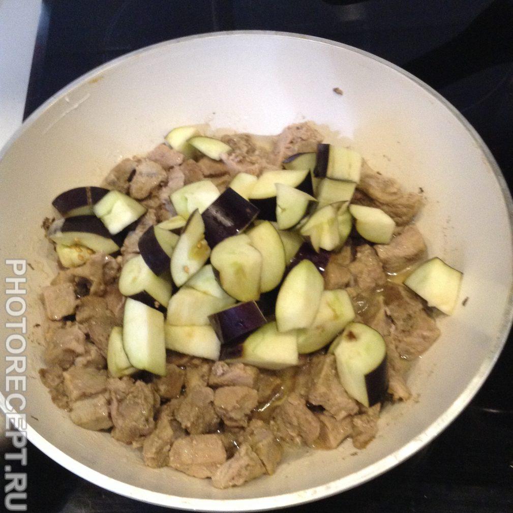Фото рецепта - Вкусный  и простой рецепт  мяса с овощами. - шаг 4