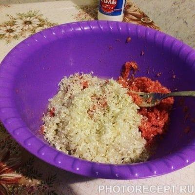 Фото рецепта - Голубцы с фаршем и рисом - шаг 3