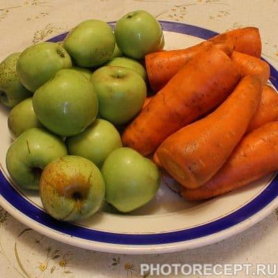Фото рецепта - Сок морковно-яблочный с мякотью - шаг 1
