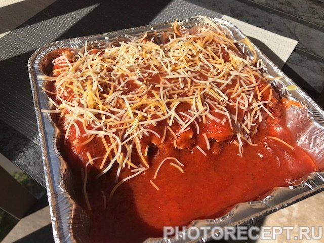 Фото рецепта - Фаршированные маникотти в томатном соусе - шаг 6