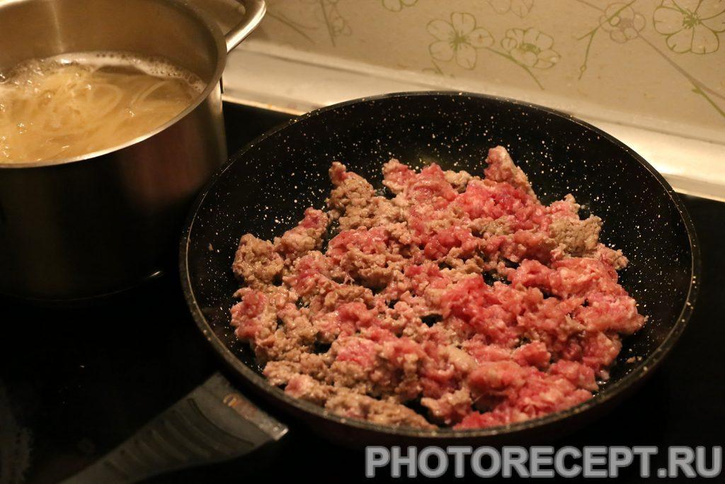 Фото рецепта - Спагетти с мясным соусом - шаг 3