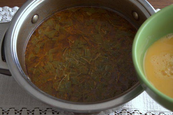 Фото рецепта - Борщ без капусты с корнеплодами и щавелем - шаг 6