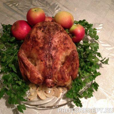 Фото рецепта - Запеченная курица с золотистой корочкой к праздничному столу - шаг 6