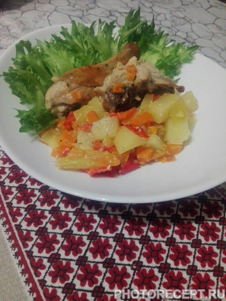 Фото рецепта - Курица с овощами в духовке - шаг 7