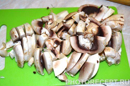 Фото рецепта - Курица с грибами - шаг 3