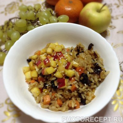 Рисовая каша с сухофруктами - рецепт с фото