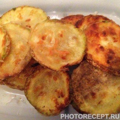 Фото рецепта - Жареные кабачки в чесночном соусе - шаг 6