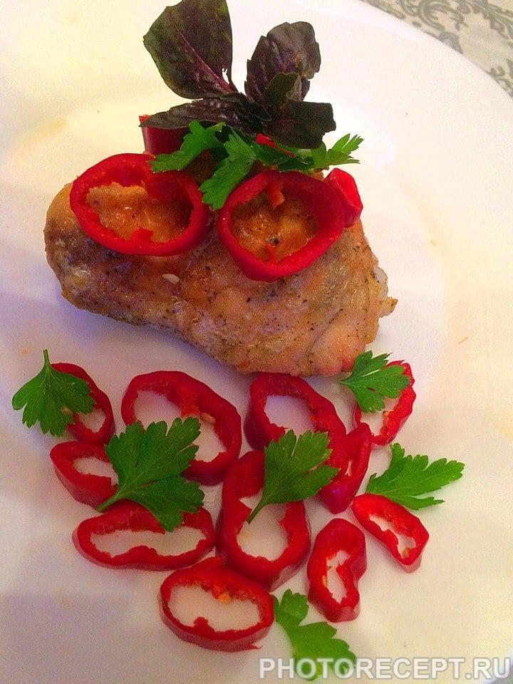 Куриное мясо в соевом соусе, запеченное в духовке