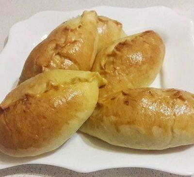 Пирожки с капустой - рецепт с фото