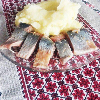 Селедка домашнего посола - рецепт с фото