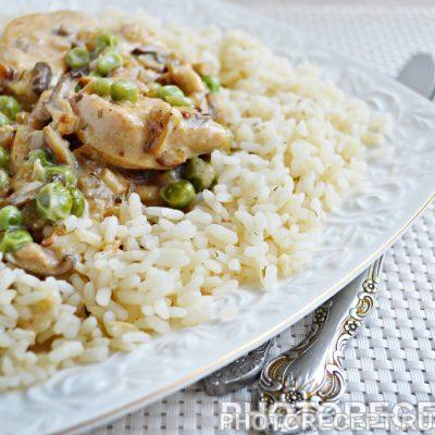 Фрикасе из курицы с грибами - рецепт с фото