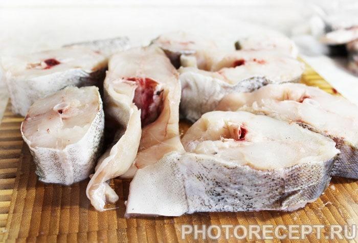 Фото рецепта - Отварная рыба по-польски - шаг 1