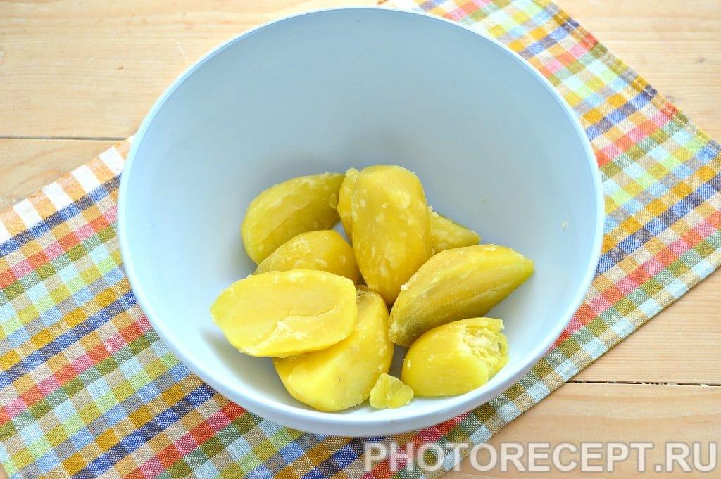 Фото рецепта - Картофельные котлеты в панировке - шаг 1