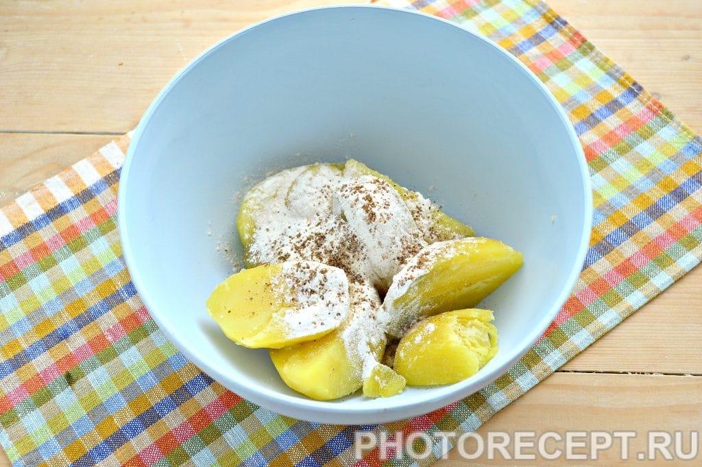 Фото рецепта - Картофельные котлеты в панировке - шаг 3