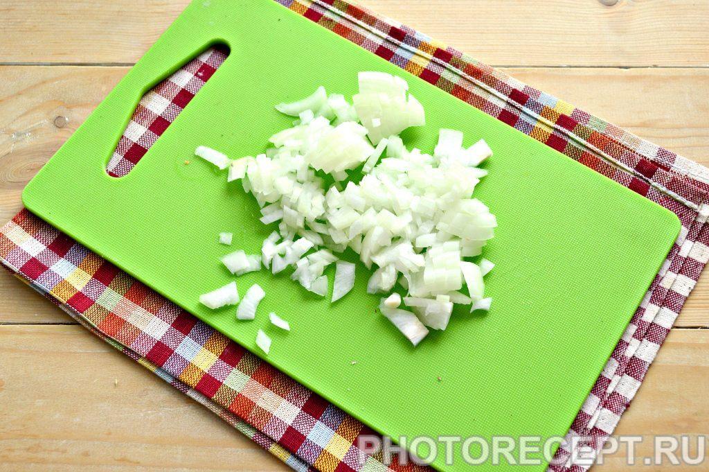 Фото рецепта - Рыбные котлеты из консервов - шаг 4
