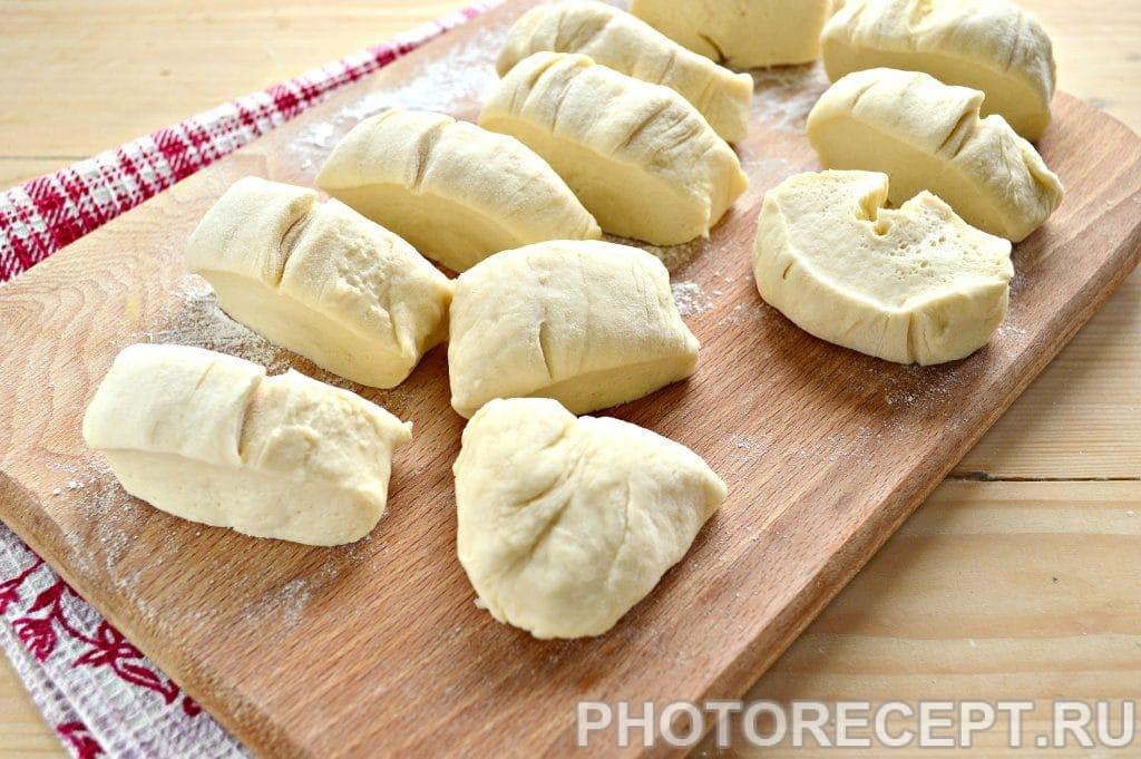 Фото рецепта - Беляши с мясным фаршем на сковороде - шаг 5