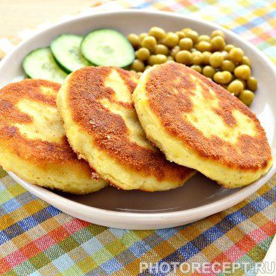 Картофельные котлеты в панировке - рецепт с фото