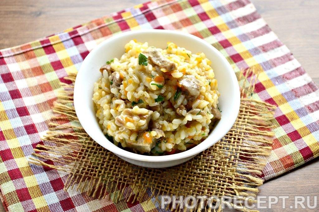 Фото рецепта - Рис с мясом на сковороде - шаг 9