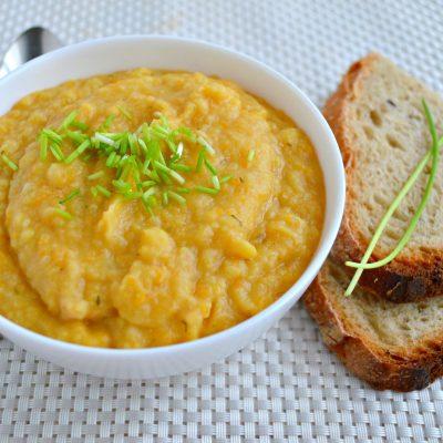 Гороховый крем-суп с пастернаком - рецепт с фото