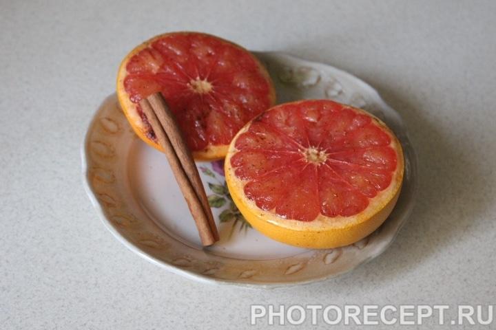 Пряные грейпфруты в виде закуски