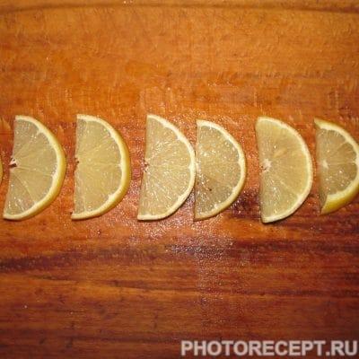 Фото рецепта - Скумбрия запеченная под соевым соусом - шаг 2