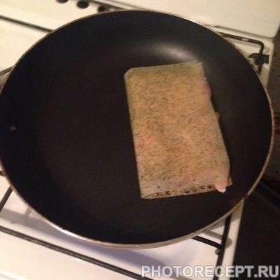 Фото рецепта - Жареное куриное филе с приправой - шаг 3
