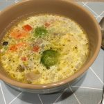 Сметанно-овощной суп с говядиной