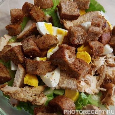 Фото рецепта - Салат из пекинской капусты и куриного филе - шаг 5